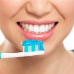 bahaya-yang-mengintai-jika-anda-malas-sikat-gigi-termasuk-penyakit-jantung-dan-diabetes